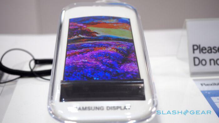 Будущее гибких экранов - samsung показал гаджет с 3d дисплеем