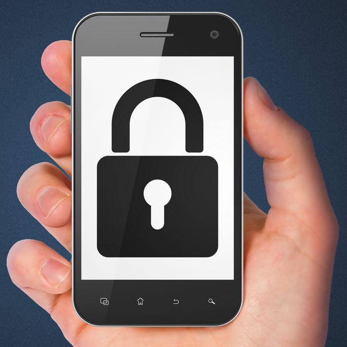 Как разблокировать смартфон, если не помнишь графический пароль