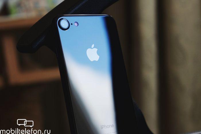 Обзор iphone 7 jet black: в тени большого брата