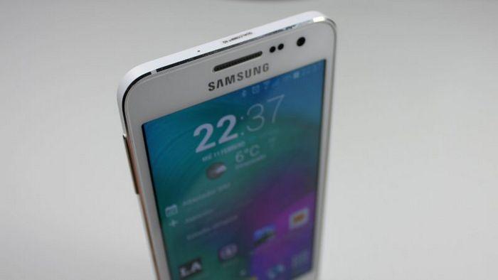 Samsung galaxy a4 - бюджетный фаблет с экраном 5,5 дюймов