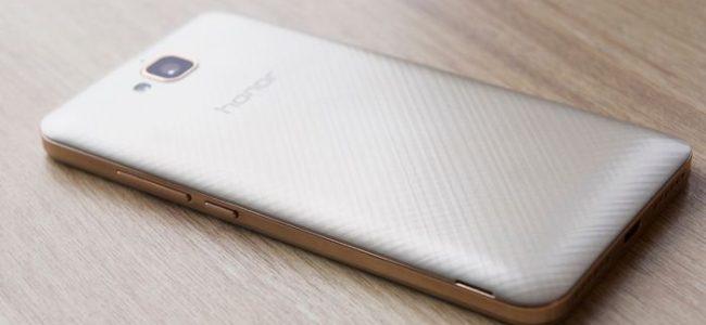 testiruem-narodnyj-smartfon-huawei-honor-3_1.jpg